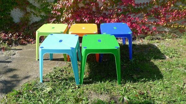stůl 42x50 bar.dětský SV.ZEL,SV.MOD.