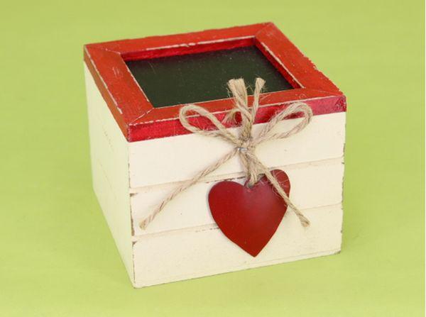 krabička SRDCE, 10x10x7,5cm, červená, dřevo