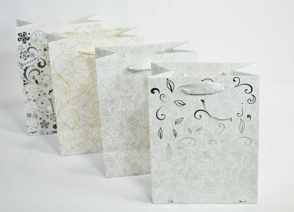 taška dárk.  M, ORNAMENT, bílá, 23x18x10cm, papír