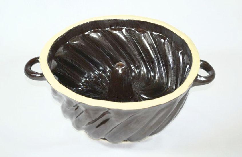 bábovka 2,4l lisovaná, keramika