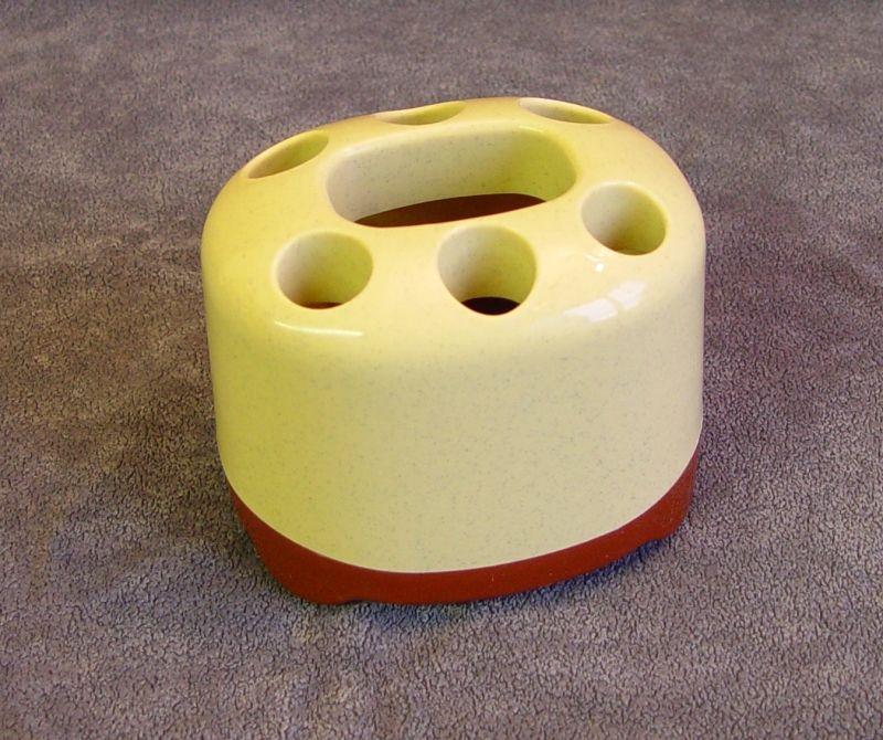 držák 6zub.kartáčků+pasty,2barvy,plast,nádobka