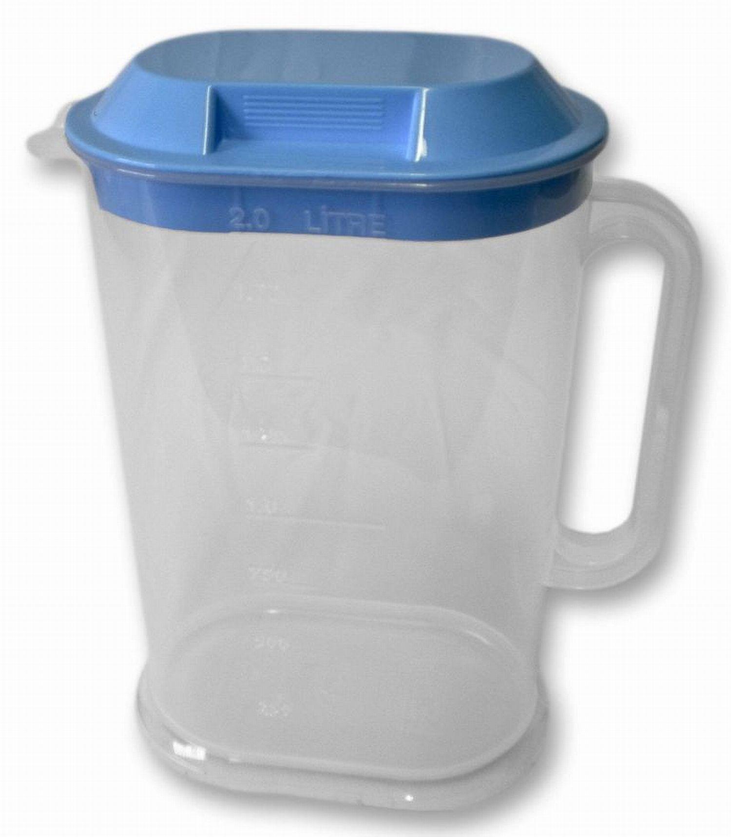 džbán 2,0l s víčkem plast