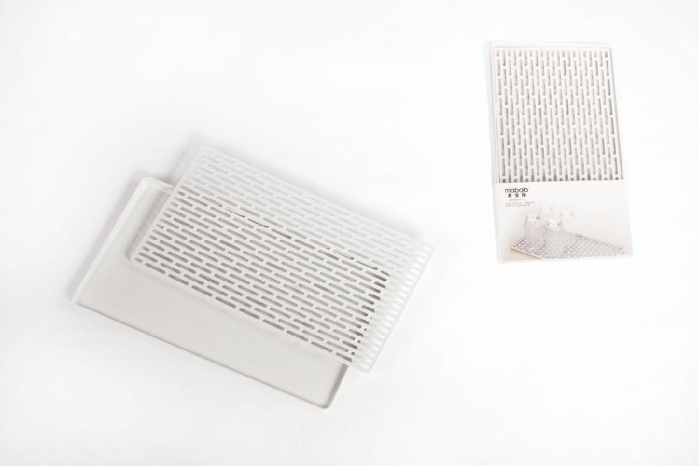 odkapávač 40x23x2cm na nádobí s mřížkou, plast