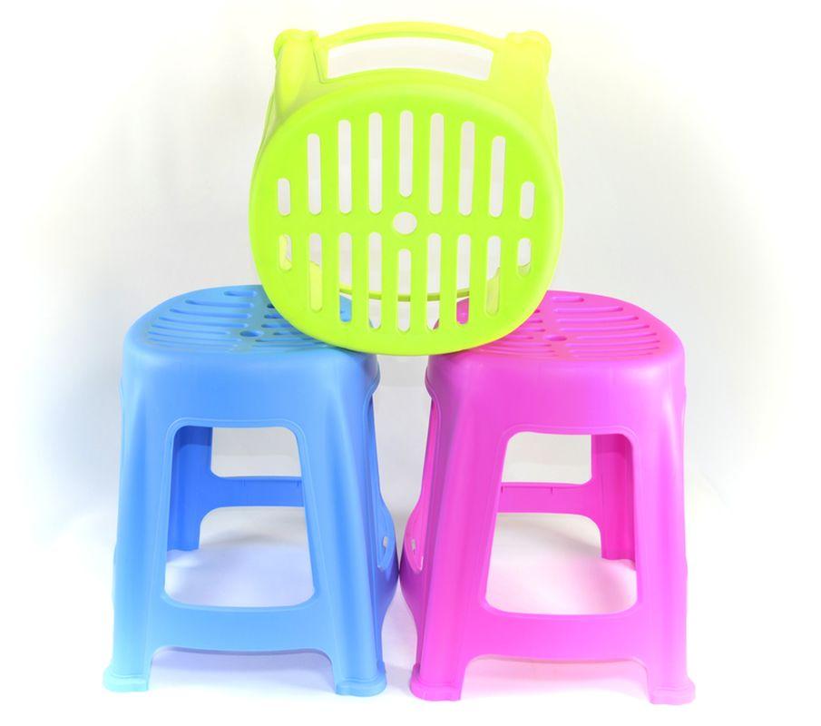 taburetka-židlička 26x24cm,v.32cm, s otvory, MIX barev, plast